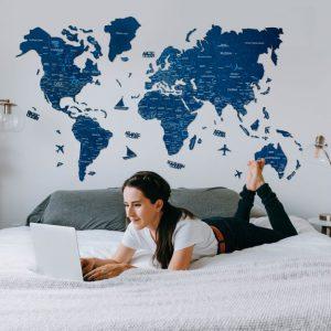 Leseni zemljevid sveta 2D Blue