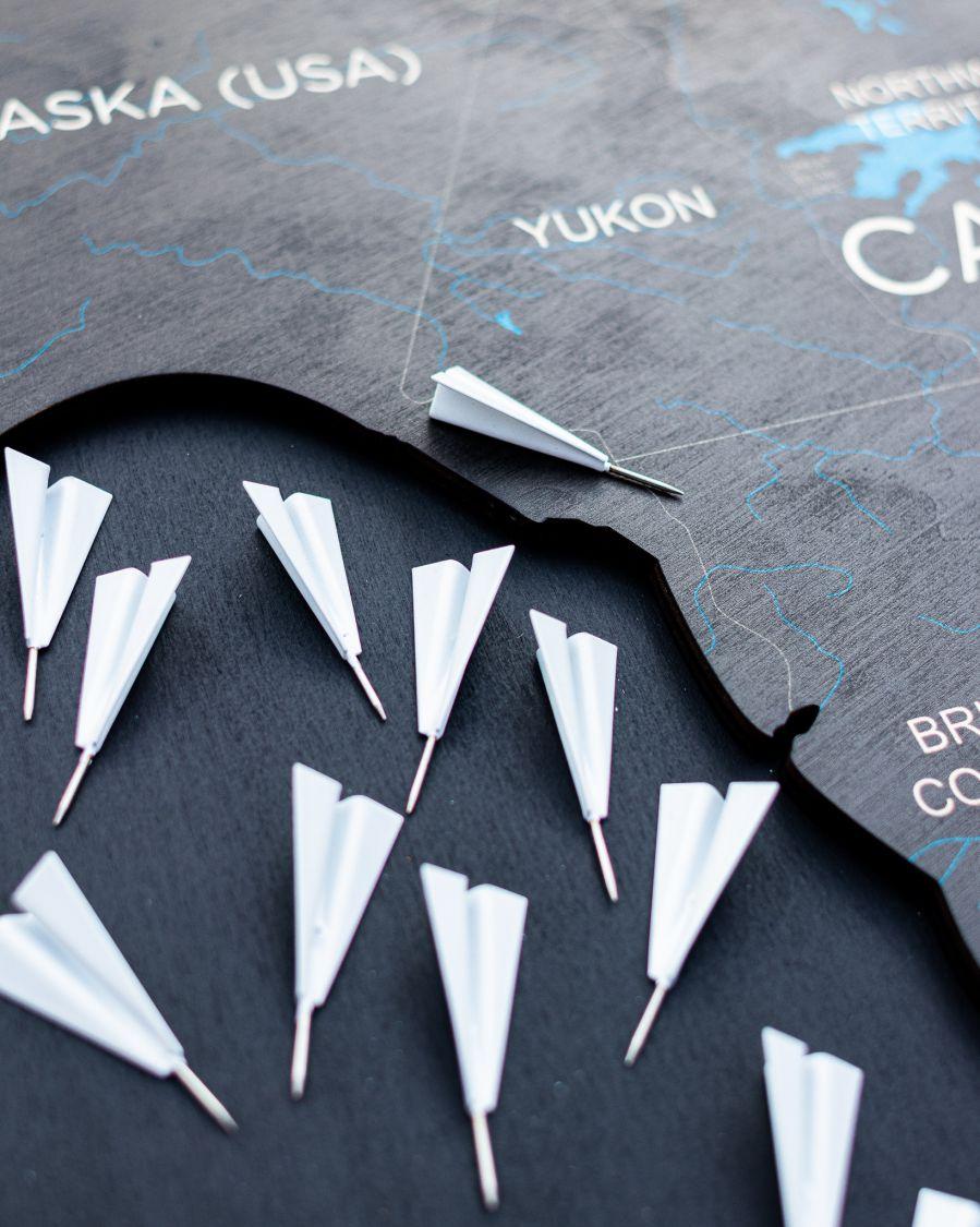 Potisni zatiči leseni zemljevidi sveta Letala